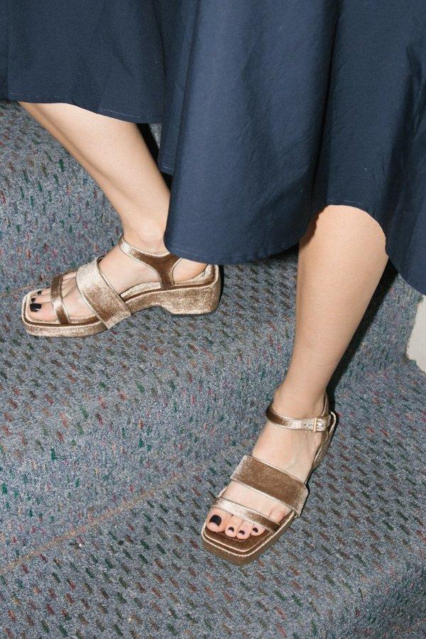 dc9b457c14c9 Suzanne Rae Piped Platform Sandal - Taupe