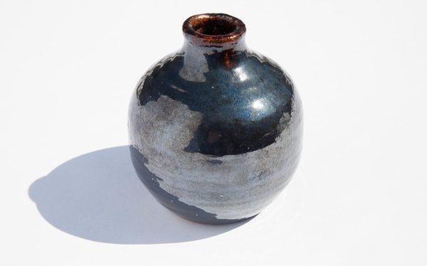 Luminous Black Bud Vase Garmentory