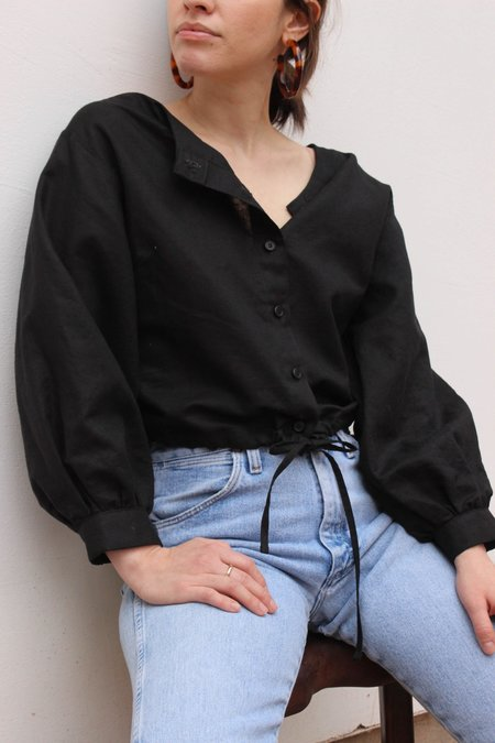 Avenue full sleeve drawstring blouse - black