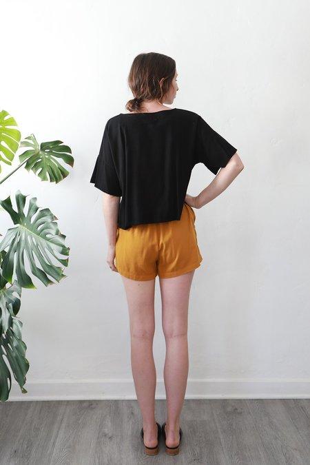 Me & Arrow Shorts - Gold
