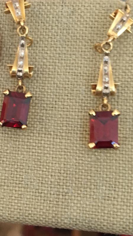 KC Vintage Garnet Earrings