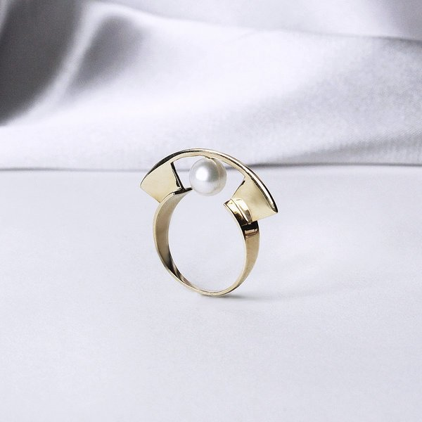 Metalepsis Projects Yuyu Ring - Pearl