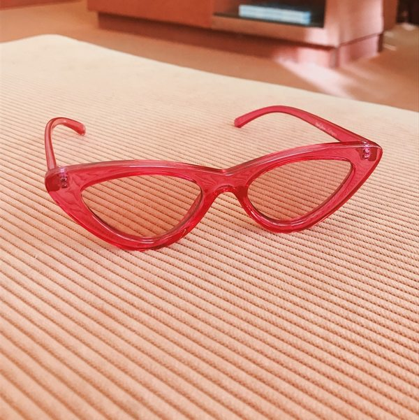 b35cd7ed1a6 Adam Selman x Le Specs The Last Lolita Sunglasses - Crystal Hot Pink ...