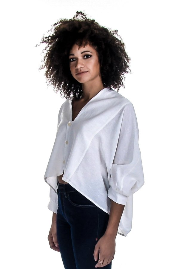 Hackwith Design House Swing Cropped Button-up Shirt