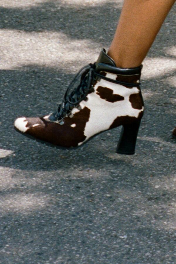 Vintage Donald J. Pliner Cowhide Ankle