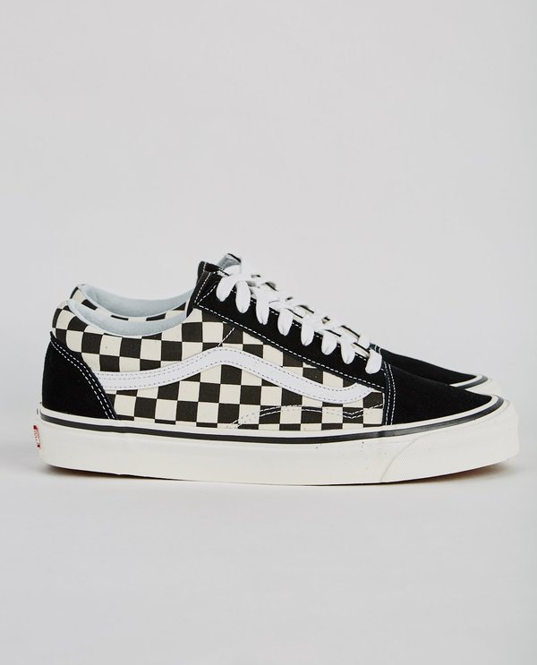 11c30981d1084e VANS UA AUTHENTIC 36 DX ANAHEIM FACTORY OLD SKOOL SNEAKER - BLACK  CHECKERBOARD