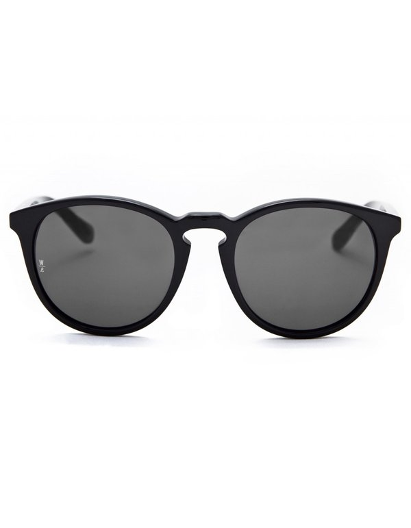 3b04d619d296 Wonderland Beaumont Sunglasses - Gloss Black Grey CZ