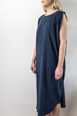 7115 by Szeki Signature Reversible Maxi