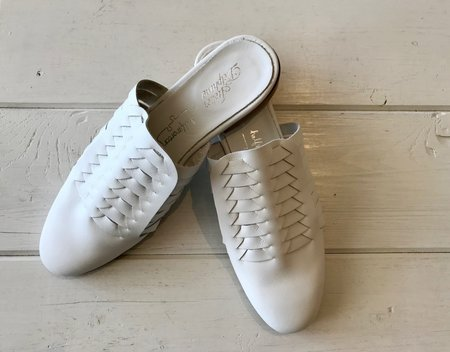 Atelier Delphine Minimalistic Shoes - White