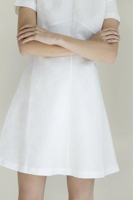 Oshadi short t-shirt dress - White
