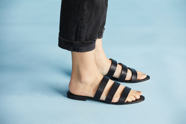 Camilla Slide Sandal Black