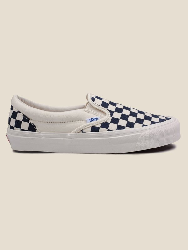 74b4929c66 Vans Vault OG Classic Slip-On LX - WHITE NAVY. sold out