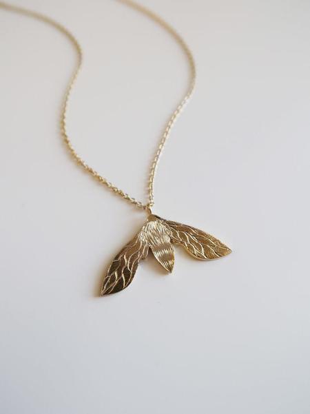 Invidiosa Jewelry Bee Necklace