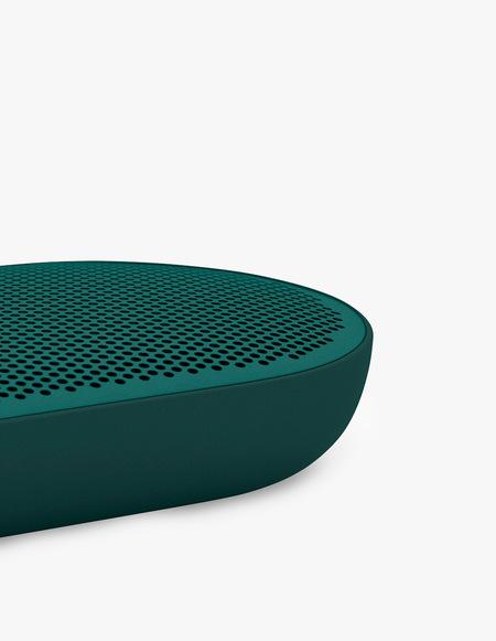 Bang & Olufsen P2 speaker - Teal