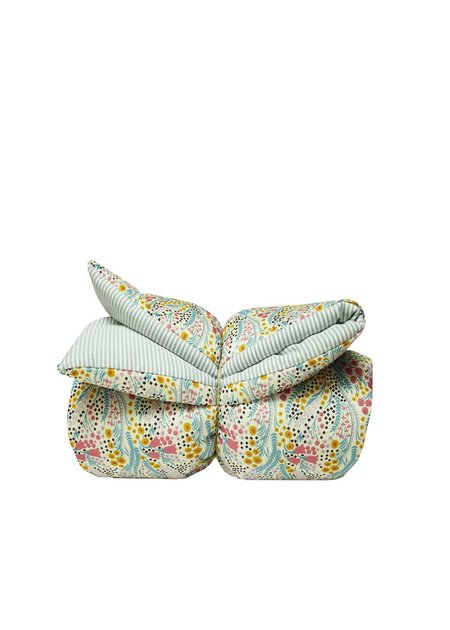 Kids La Petite Collection Baby Quilt - Bell Flower