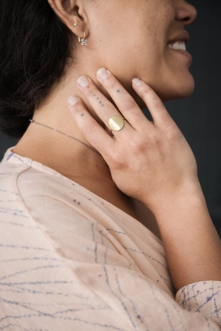 Melissa Easton Simple Medium Round Ring - 10K Gold
