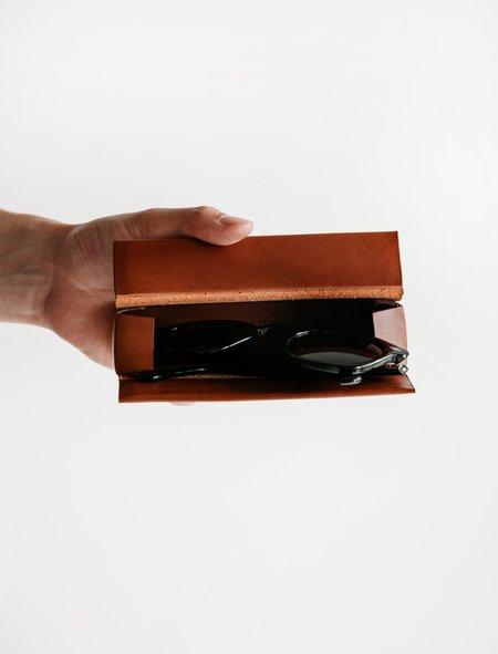 Isaac Reina 539 Pleated Box for Glasses - Dark Honey
