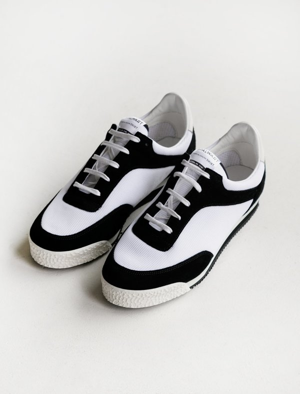 5e5c6b25ff87 Comme des Garçons Shirt Spalwart Pitch Low Sneakers - Black