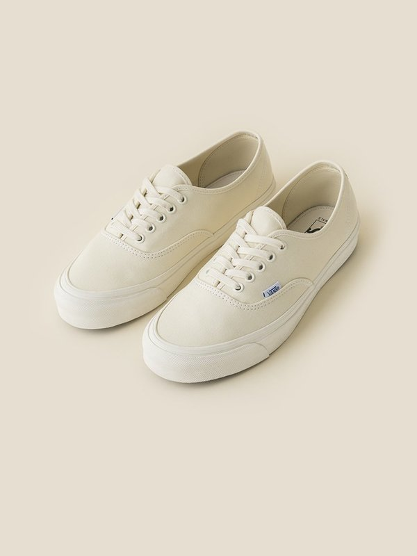 0c5f68359690 Vans Vault OG Authentic LX Classic Sneaker - White Safari