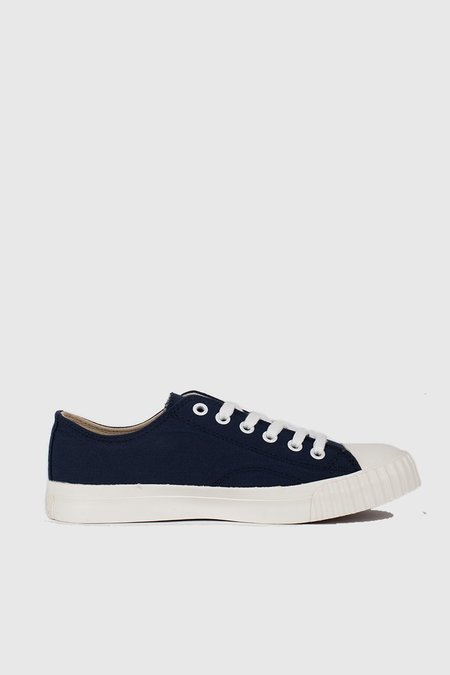 Unisex Bata Bullets Low Cut Sneakers - Navy/Cream