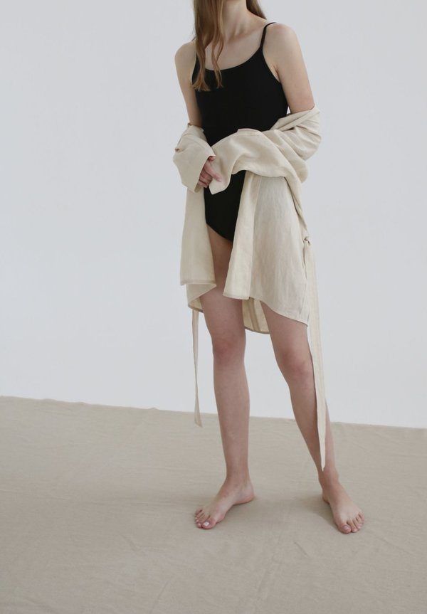 Nicole Kwon Concept Store Solid Linen Wrap Robe - beige