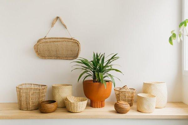 Territory Hanging Carry Basket - natural