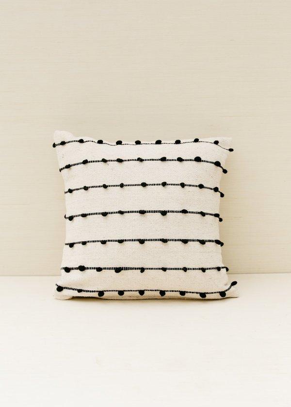 Territory Loops Pillow - Black/white