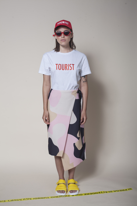 Vender The Wrap Skirt