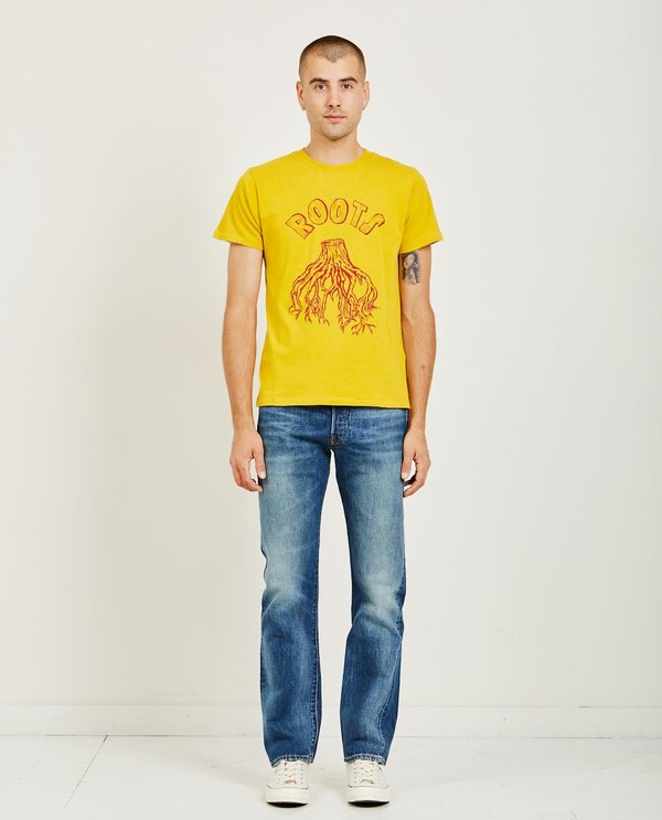 a4779904 Levi's Vintage Clothing Graphic Tee - Roots Nugget Gold | Garmentory