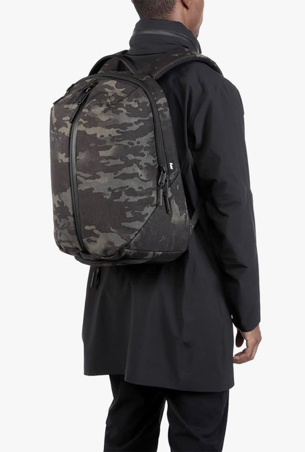 325a83331e94 AER Fit Pack 2 Bag - CAMO