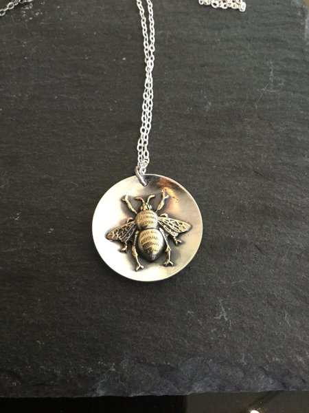 Lavender Cottage Round Bee Pendant - Silver