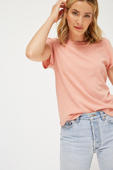 Lacausa Frank Tee in Strawberry