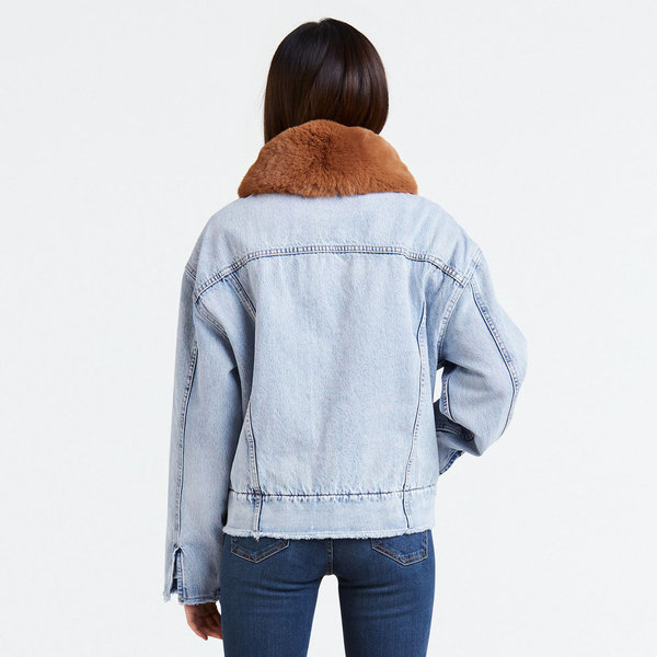 Levi's Premium Oversized Sherpa Trucker - Killing Me Softly