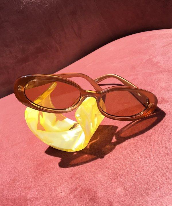 cbd20077f7975 Le Specs Outta Love Sunglasses - Caramel