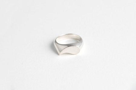 Muraco Wolfe Tear Drop Signet Ring - Silver