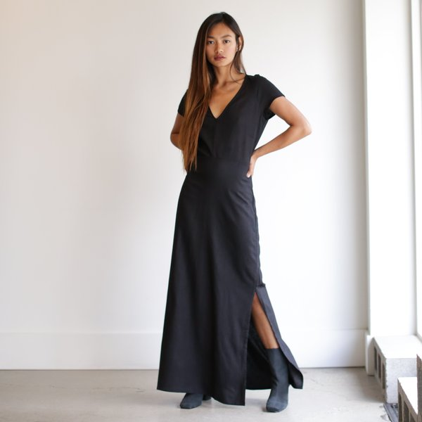 Ali Golden V Neck Maxi Dress Black Garmentory