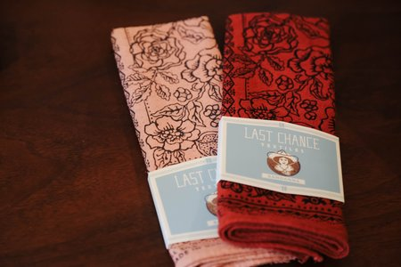 Last Chance Textiles Rosey Bandana - Pink