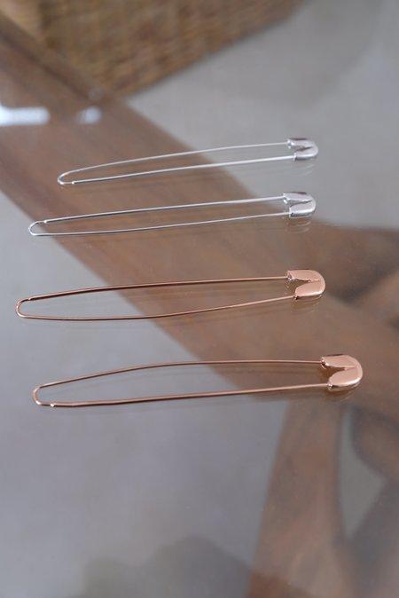 A Détacher Safety Pin Earrings