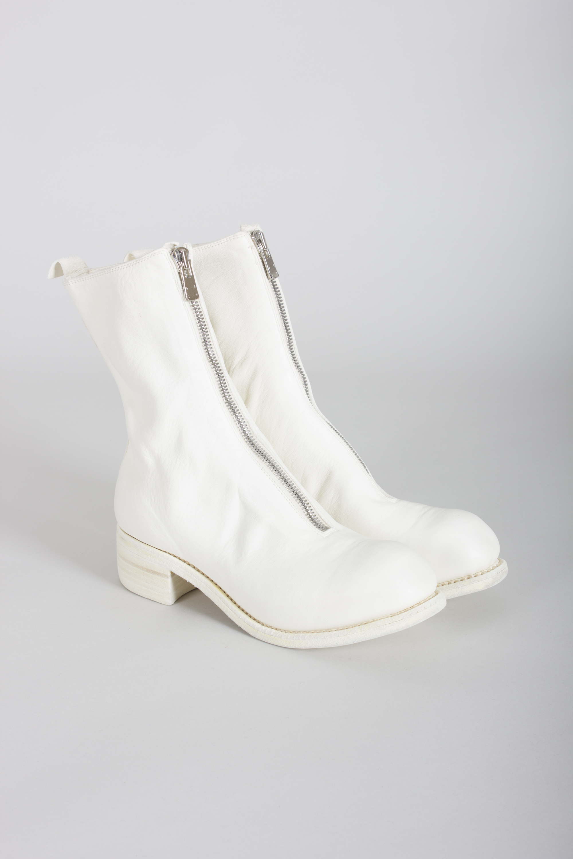 PL2 CO00T white horse full grain front zip boots