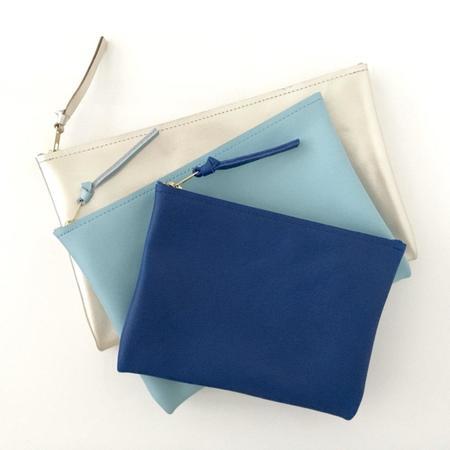 Ara Handbags ARA Clutch NO.3 - Taupe w/ Colored Zip