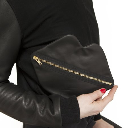 Claflin, Thayer, & Co Lips Bag - Black Leather
