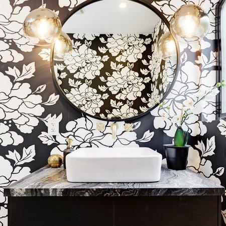 Porridge Paeonia Wallpaper - Black