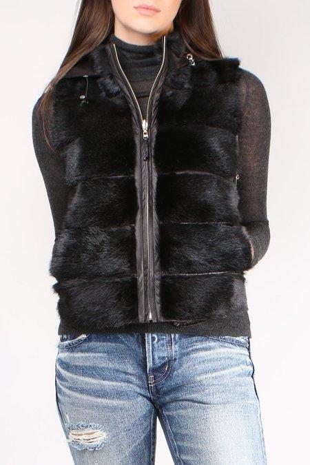 Rizal Short Black Vest With Hood - Black