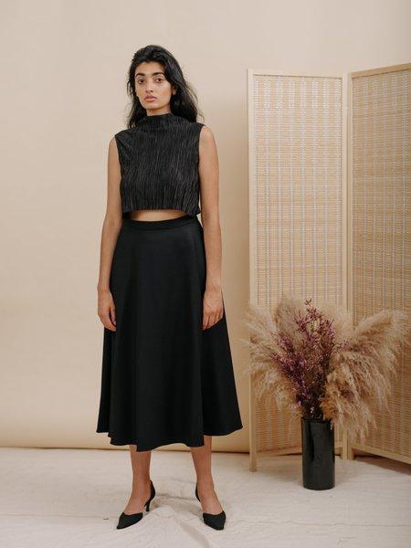 Wolcott : Takemoto Shadow Wool Skirt - Black