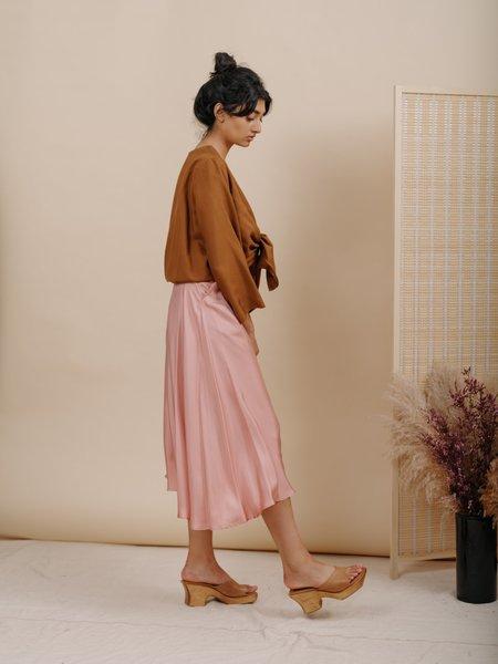 Wolcott : Takemoto Shadow Silk Skirt - Pink