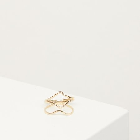 The Thorny Roses Geo Waves Ring - 14k Gold