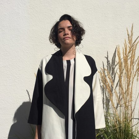 Laurs Kemp Comic Sans Coat - Black/Off White