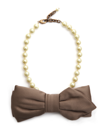 Rada Big Bow and Pearl Necklace