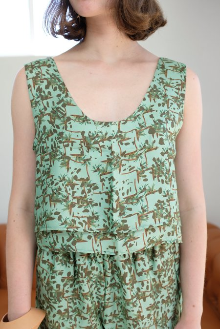 Beklina Crop Double Layer Tank - Sprezzatura Aqua