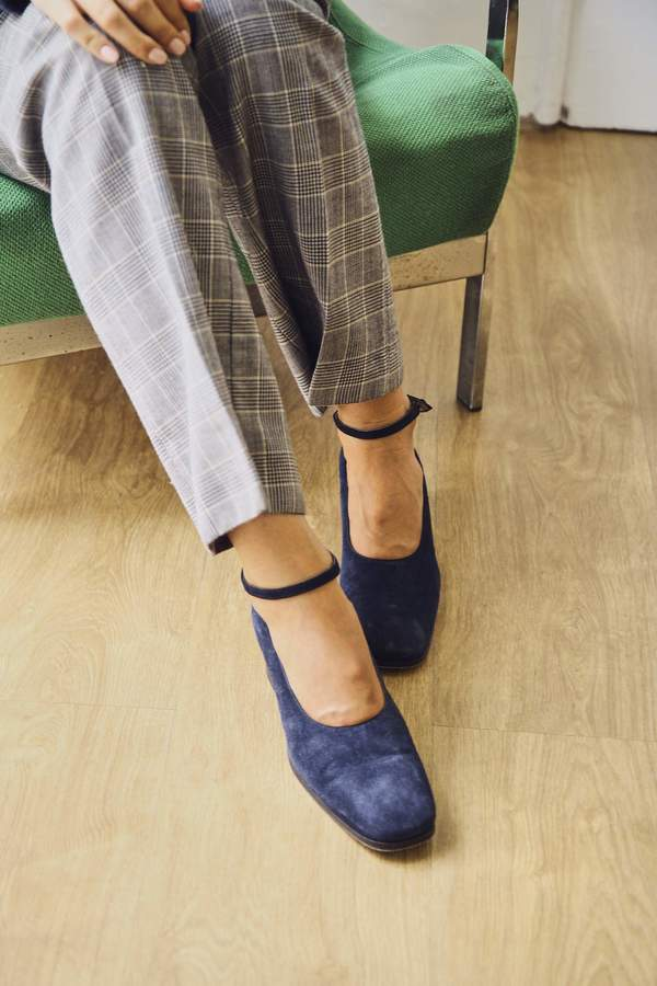Bird On A Wire Vintage Suede Long Toe Mary-Janes - Navy